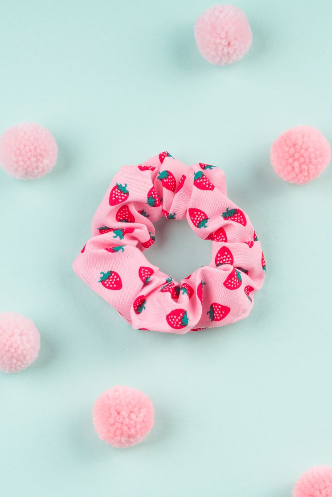 "Scrunchie ""Erdbeere"""