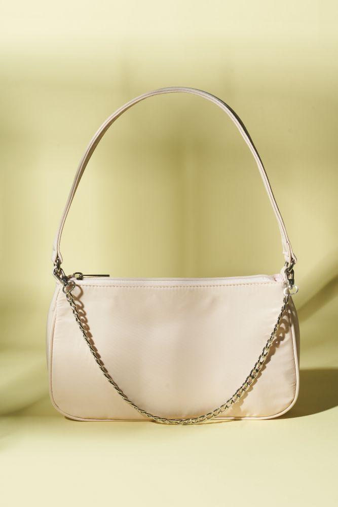 Tasche Schultertasche mit Kettendetail in  Beige