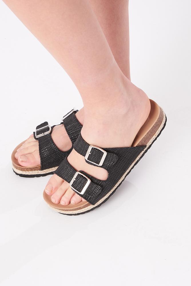 Sandalen - Pantoletten in schwarz mit Korksohle
